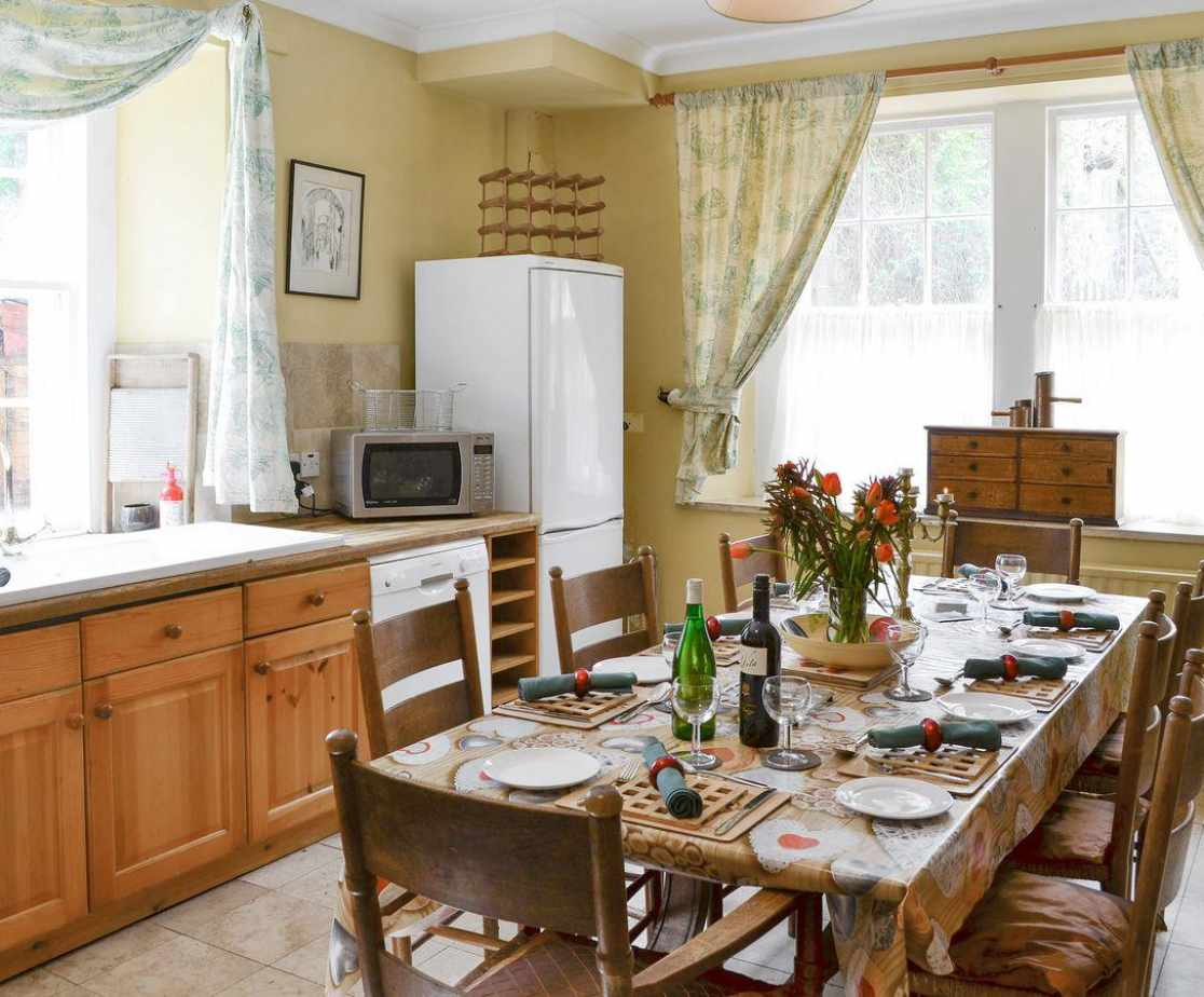 Spacious dining area within kitchen