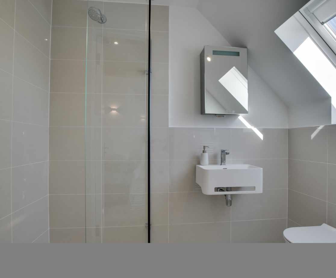 En suite Shower Room Bedroom 2