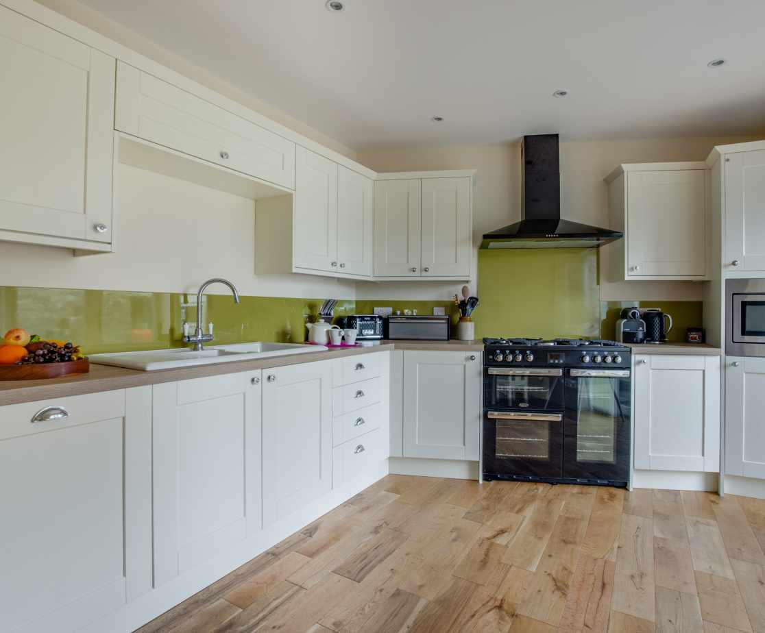 Gas Range Cooker in the light and airy kitchen