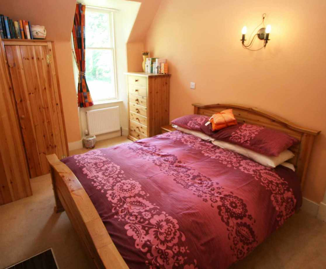\'Strathmashie\' double room to the rear of the house