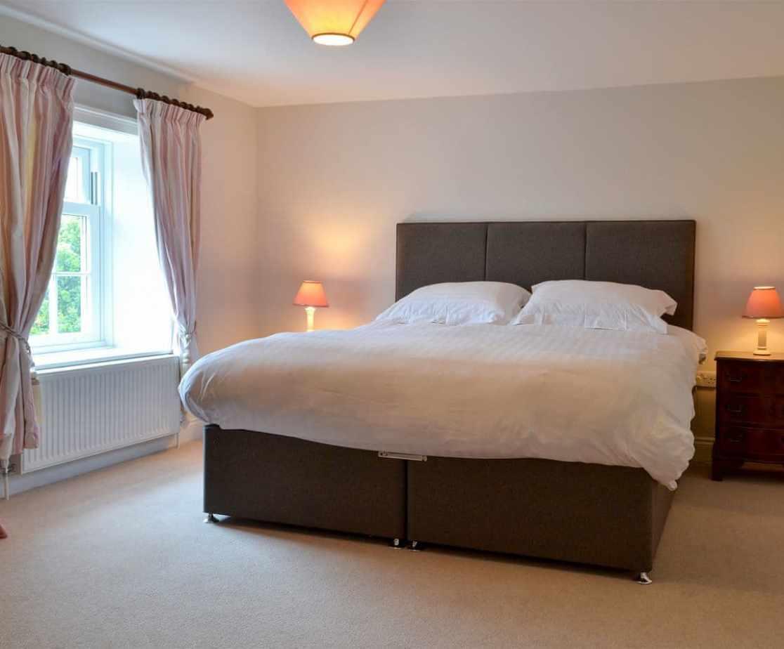 Relaxing double bedroom with en-suite