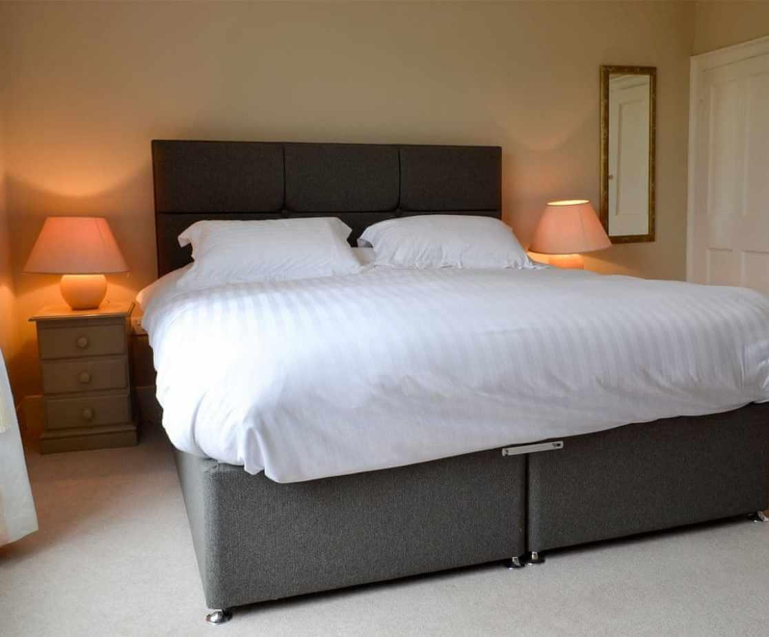 Peaceful double bedroom with en-suite shower room