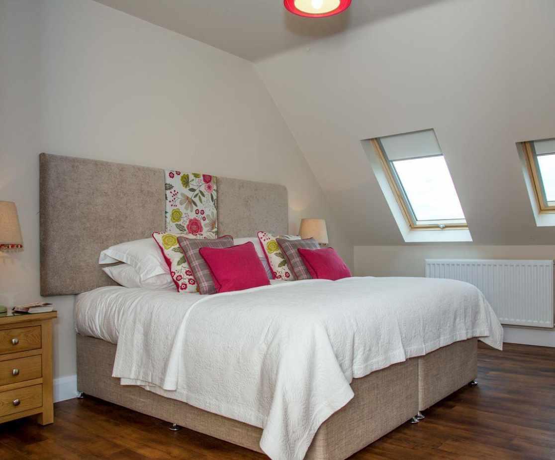 Upper floor double bedroom
