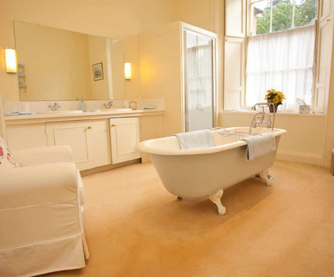 Historic Turreted Castle | Bathroom