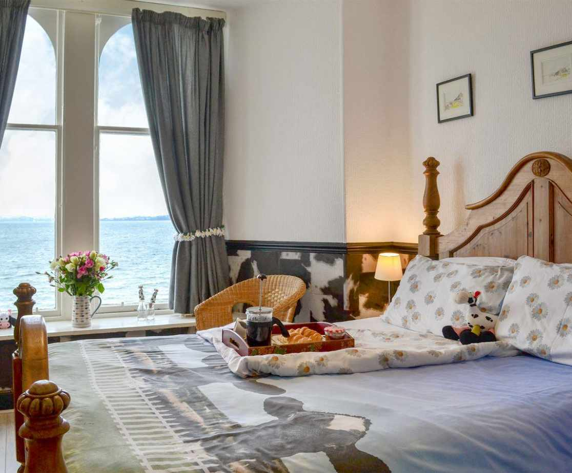 Well presented double bedroom with fantastic sea views