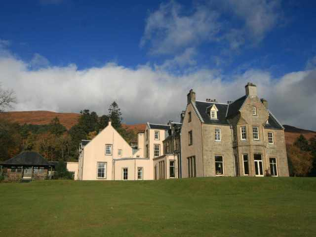 On offer is this large holiday house in the west coast of Scotland