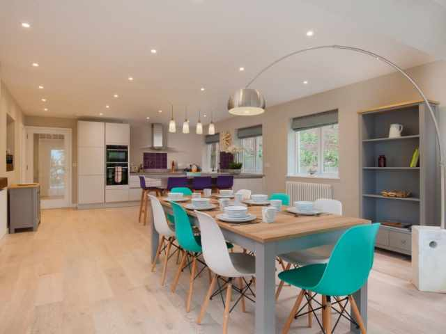 Open Plan Modern Kitchen Dining Area