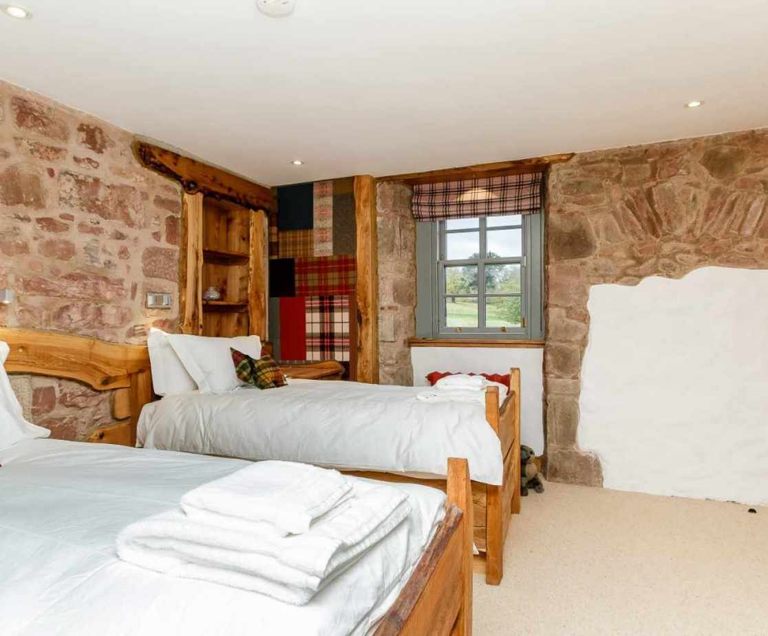 Quirky Contemporary Castle near Largs, Ayrshire twin bedroom with ensuite bathroom