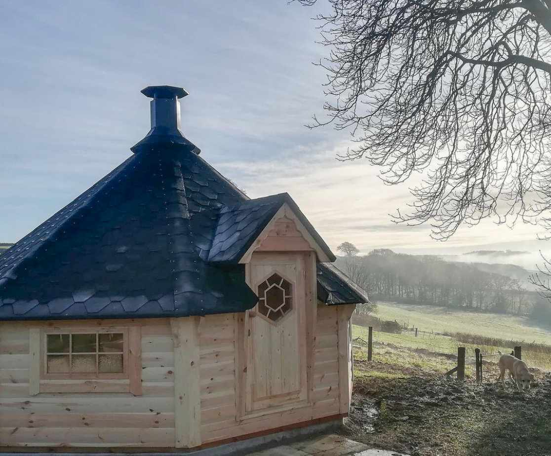 Barbecue whatever the weather in this marvellous BBQ hut