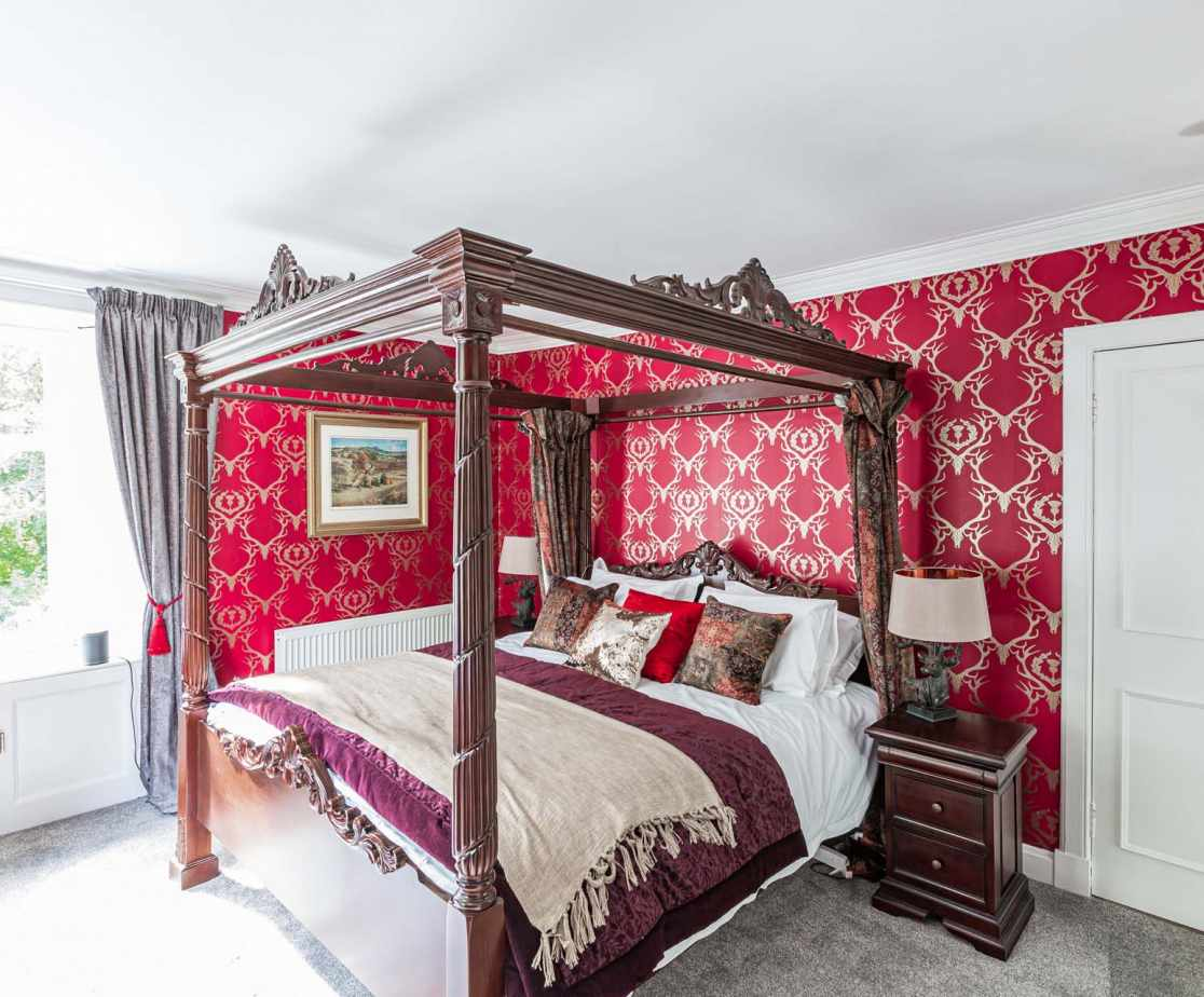 Bedroom 3: The luxurious bedroom 3 features a super king four poster-bed complete with ensuite shower room.