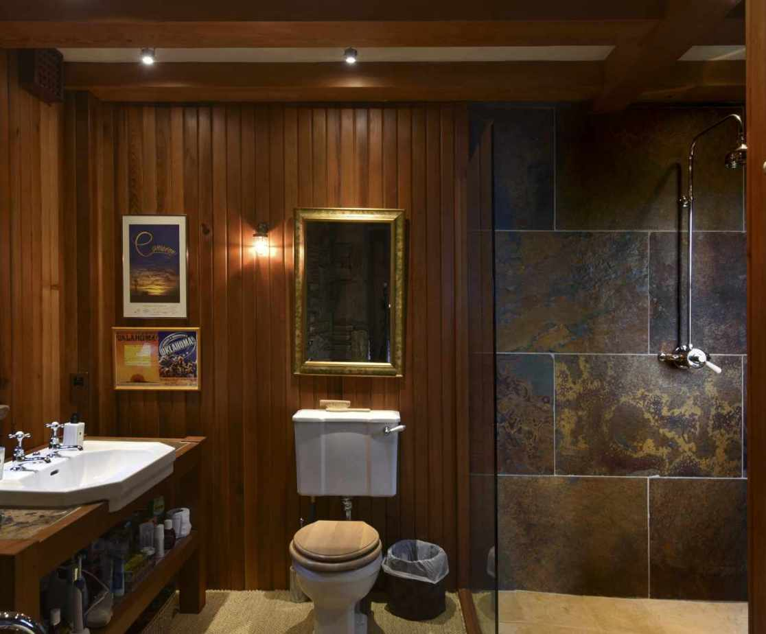 With modernised bathrooms