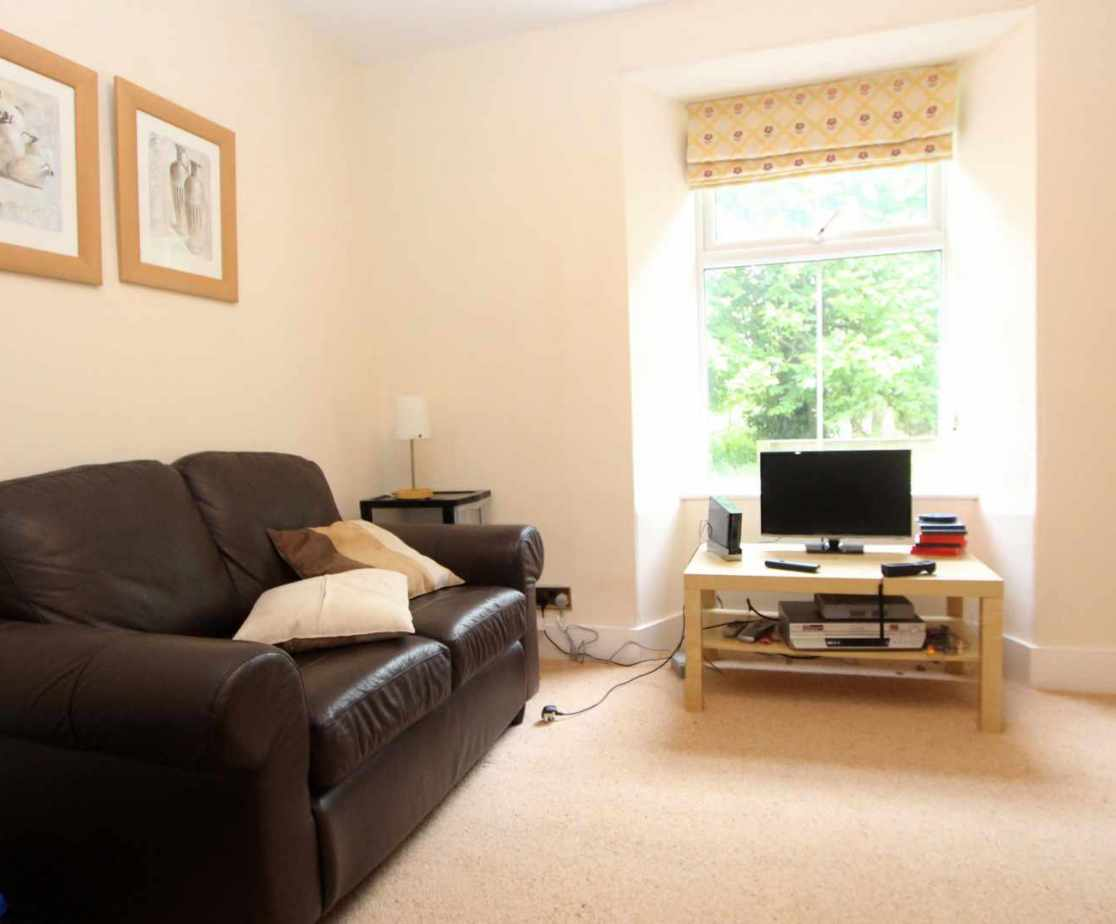A secondary sitting room with tv is ideal for any children