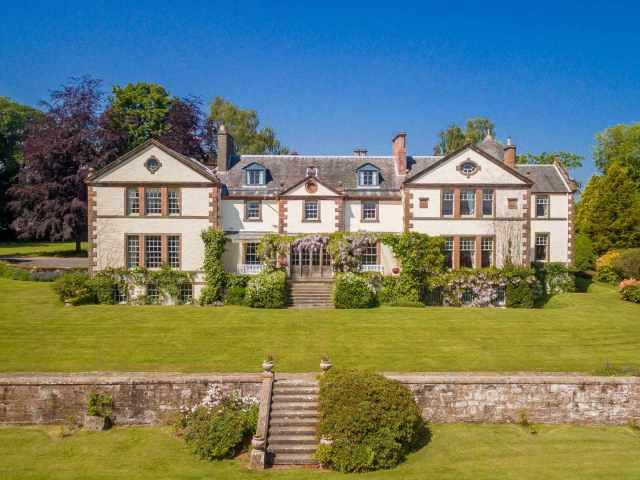 This Magnificent Holiday House in Perthshire sleeps 24