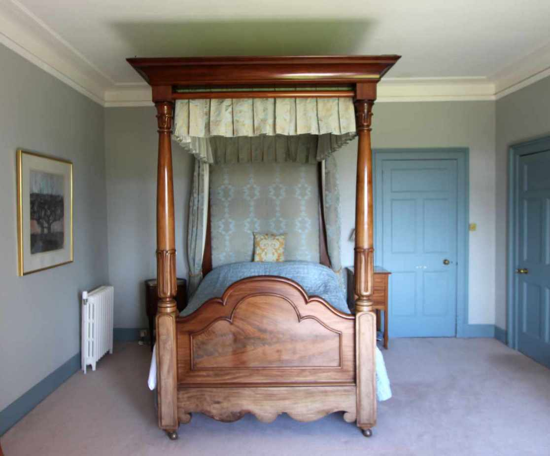 Bedroom 8, a cosy four poster room on the first floor