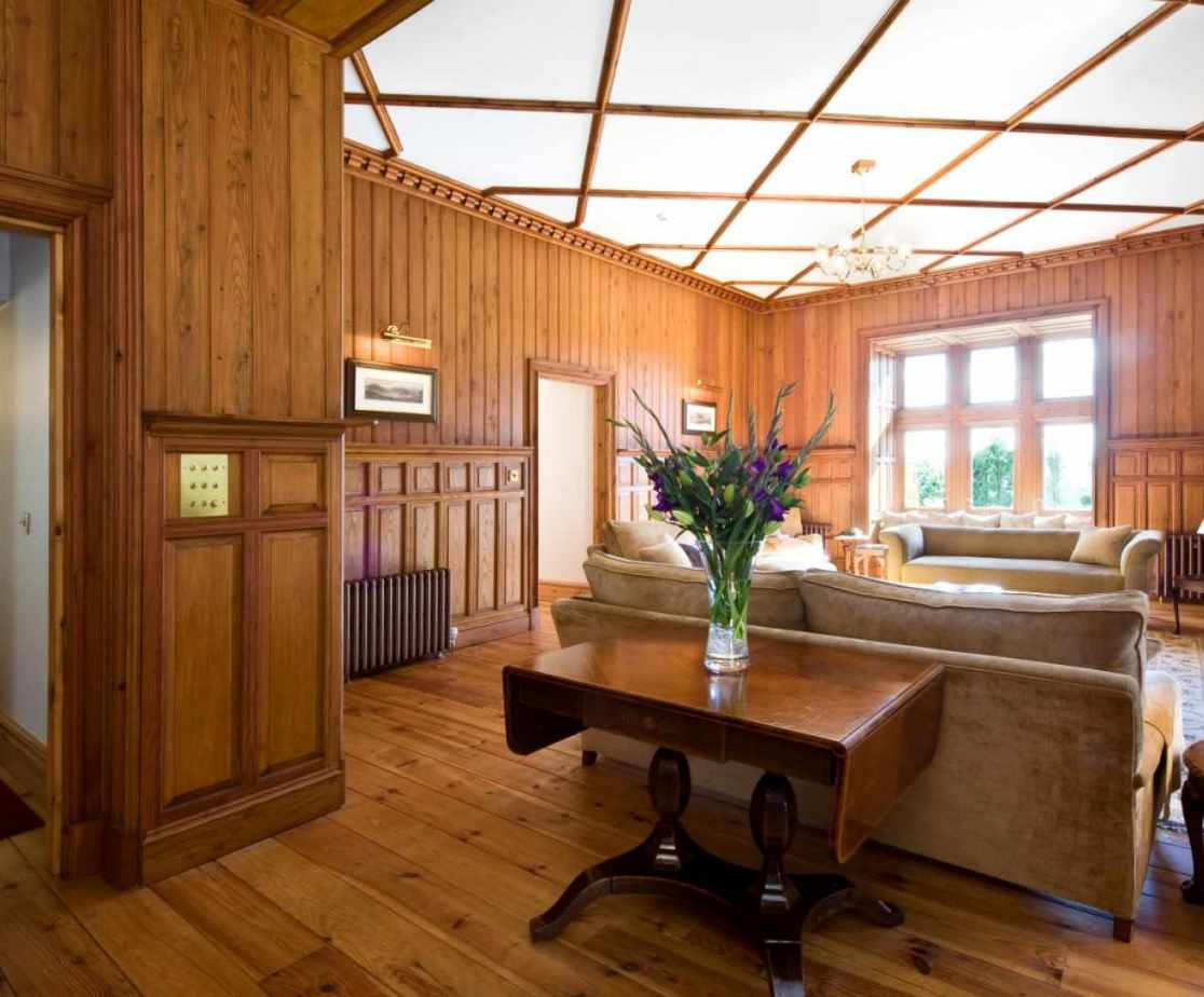 Castellated Luxury Mansion - drawing room