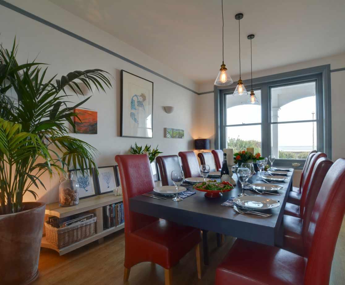 CC0299 - Dining Room
