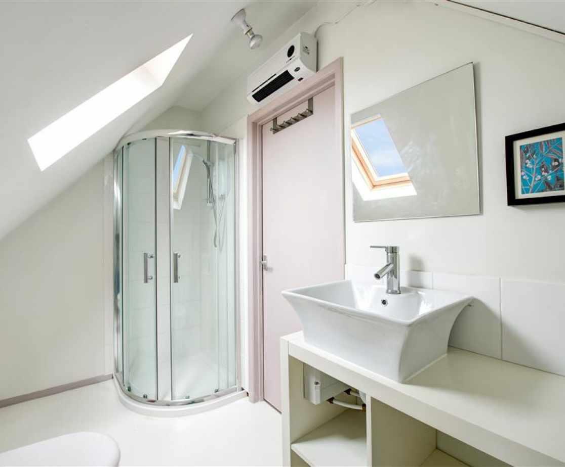 CC0299 - Bedroom 5 - En-Suite