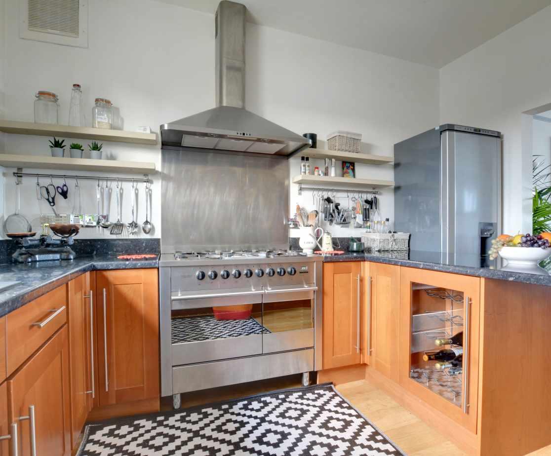 CC0299 - Kitchen - View 2