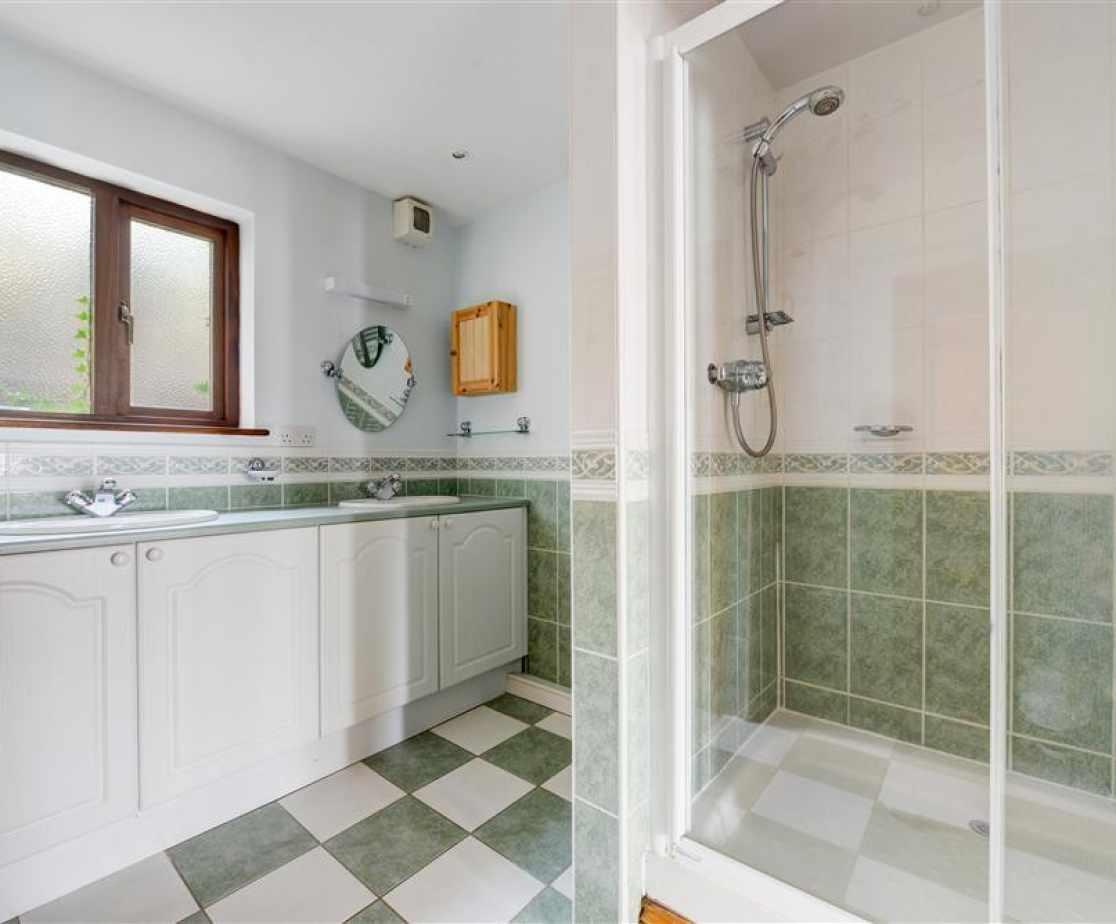 Spacious en-suite with double shower