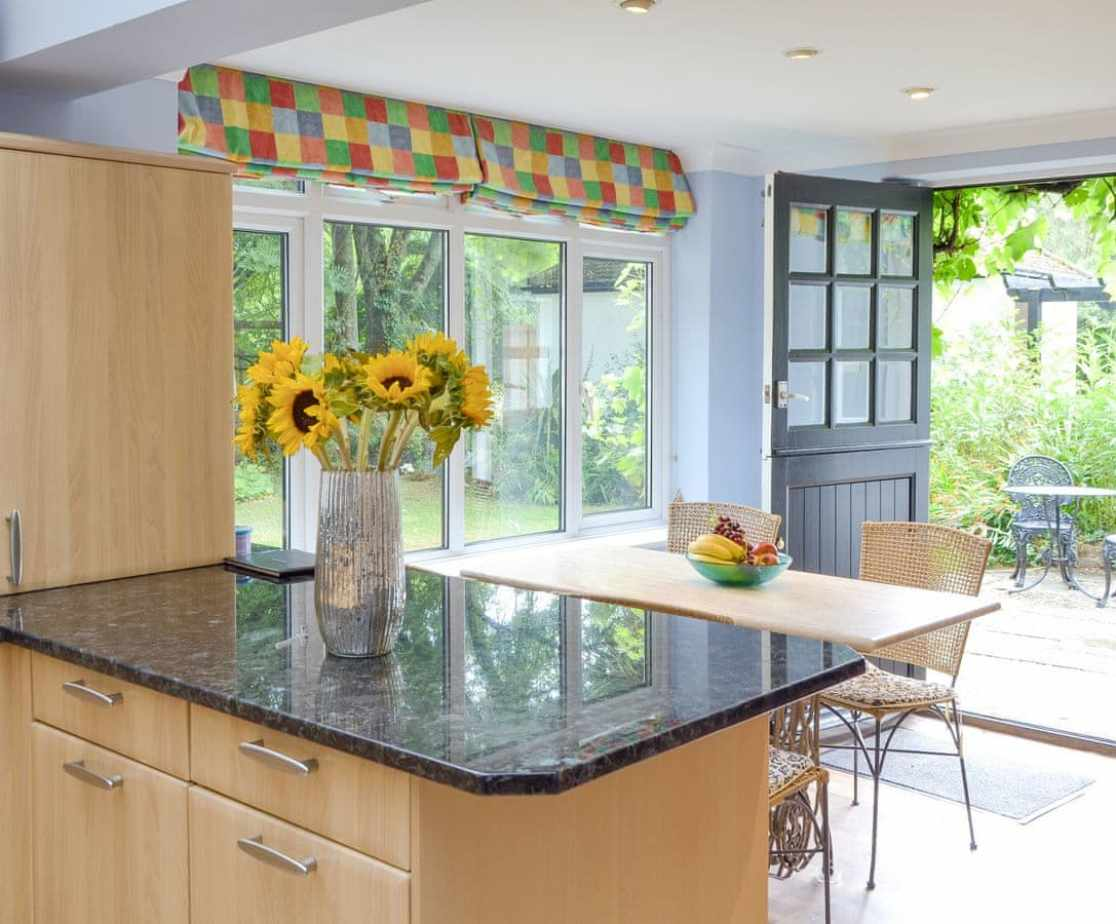 Delightful kitchen and informal dining area