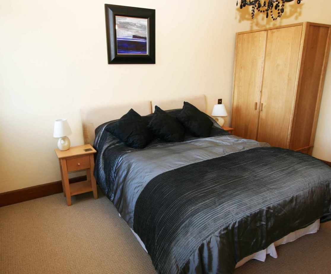 One of 4 double rooms