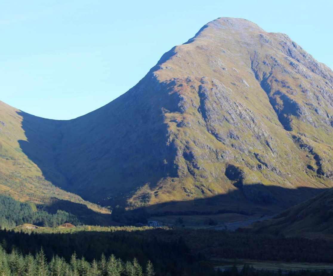 Enjoy the Scottish Highlands from a stylish holiday house
