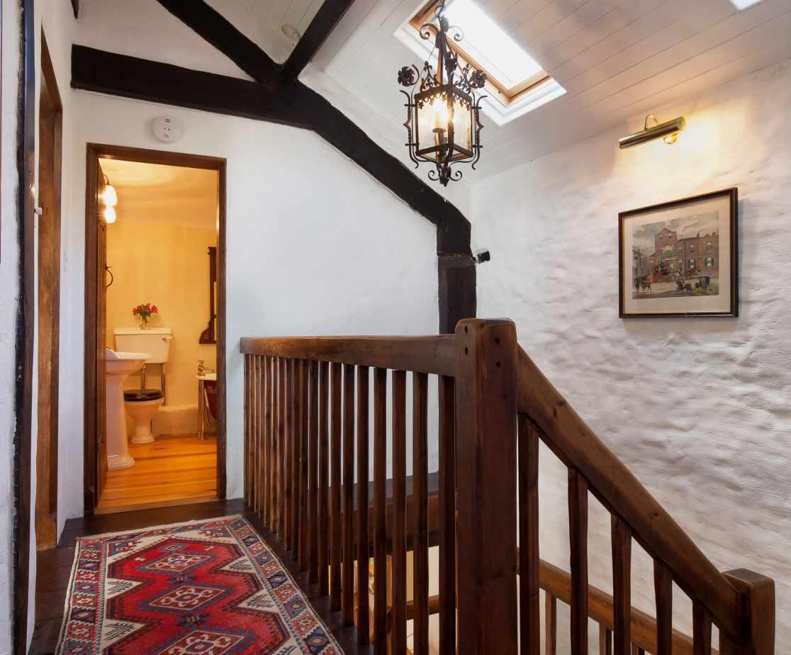 Hutchinghayes Barn upstairs landing