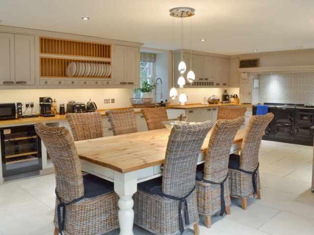 Outstanding kitchen/diner