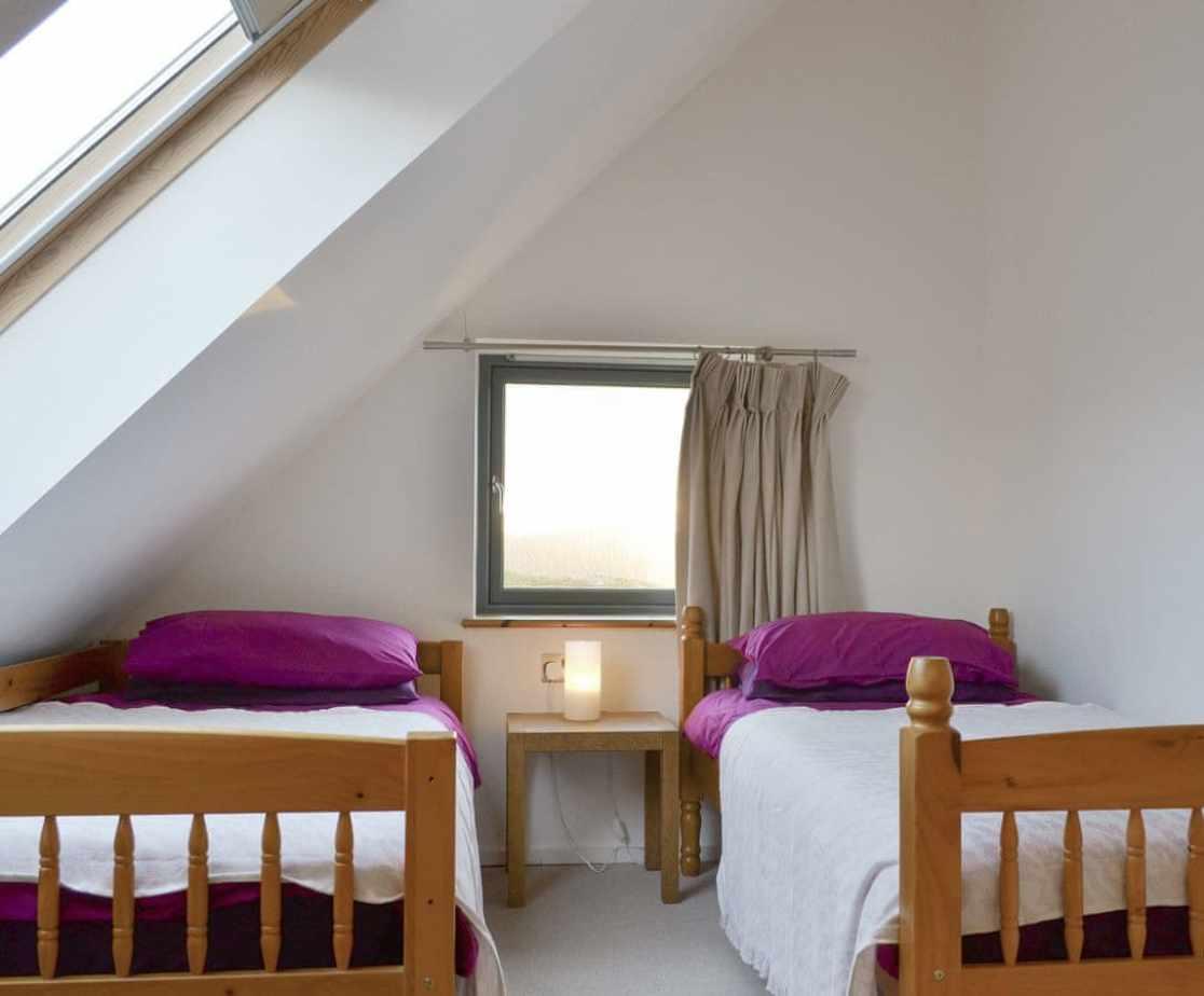 Comfortable first floor twin bedroom