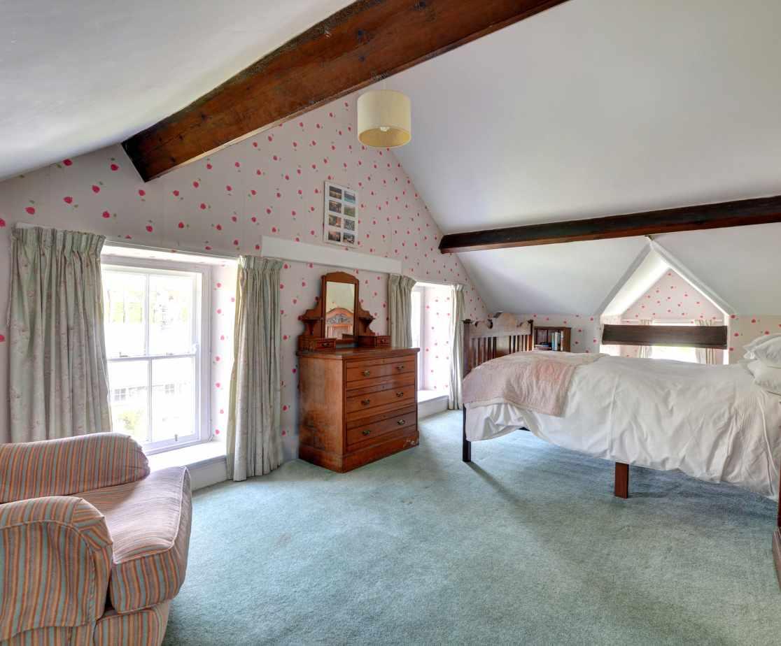 FL028 - Double Bedroom 3