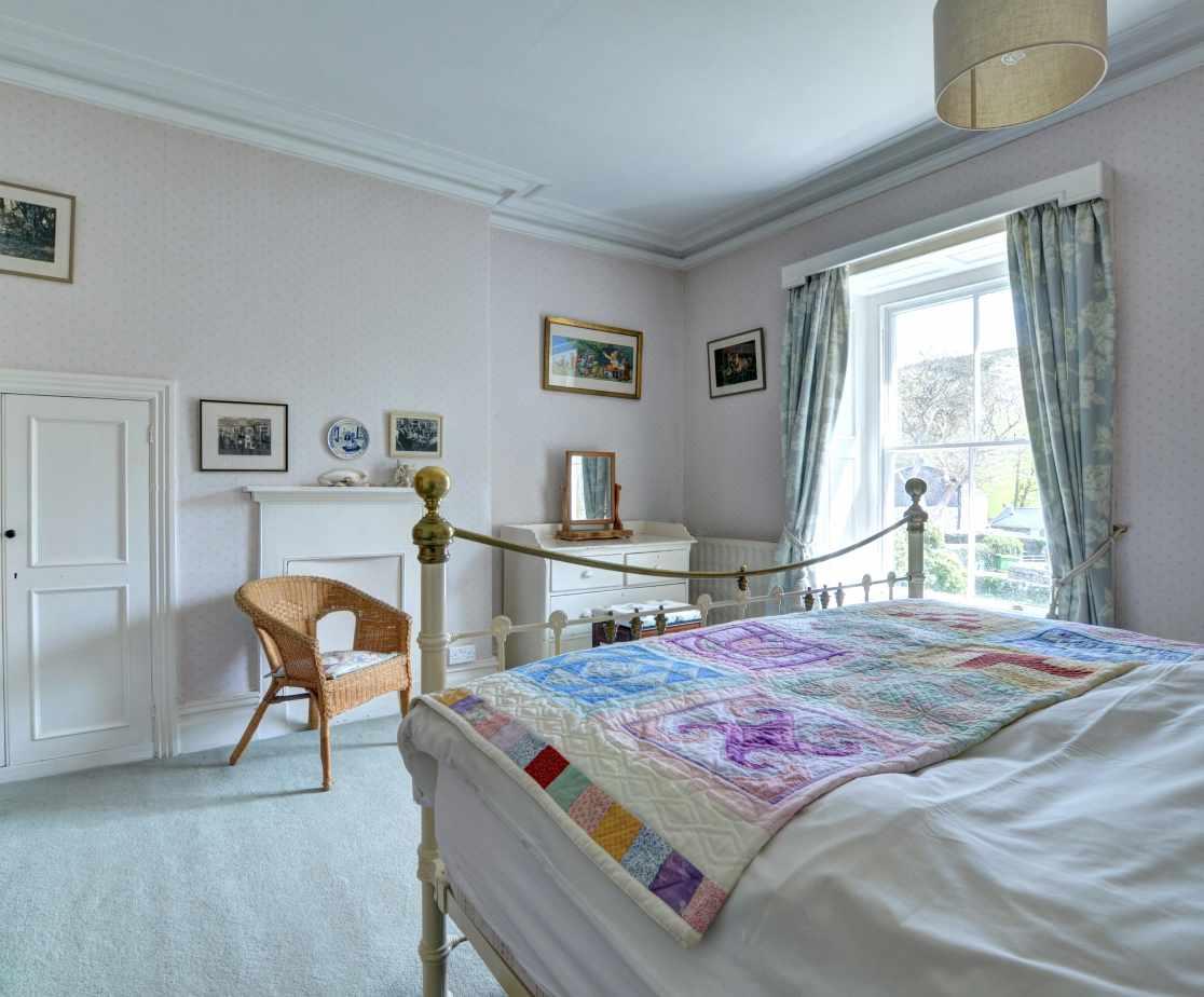 FL028 - Double Bedroom 4