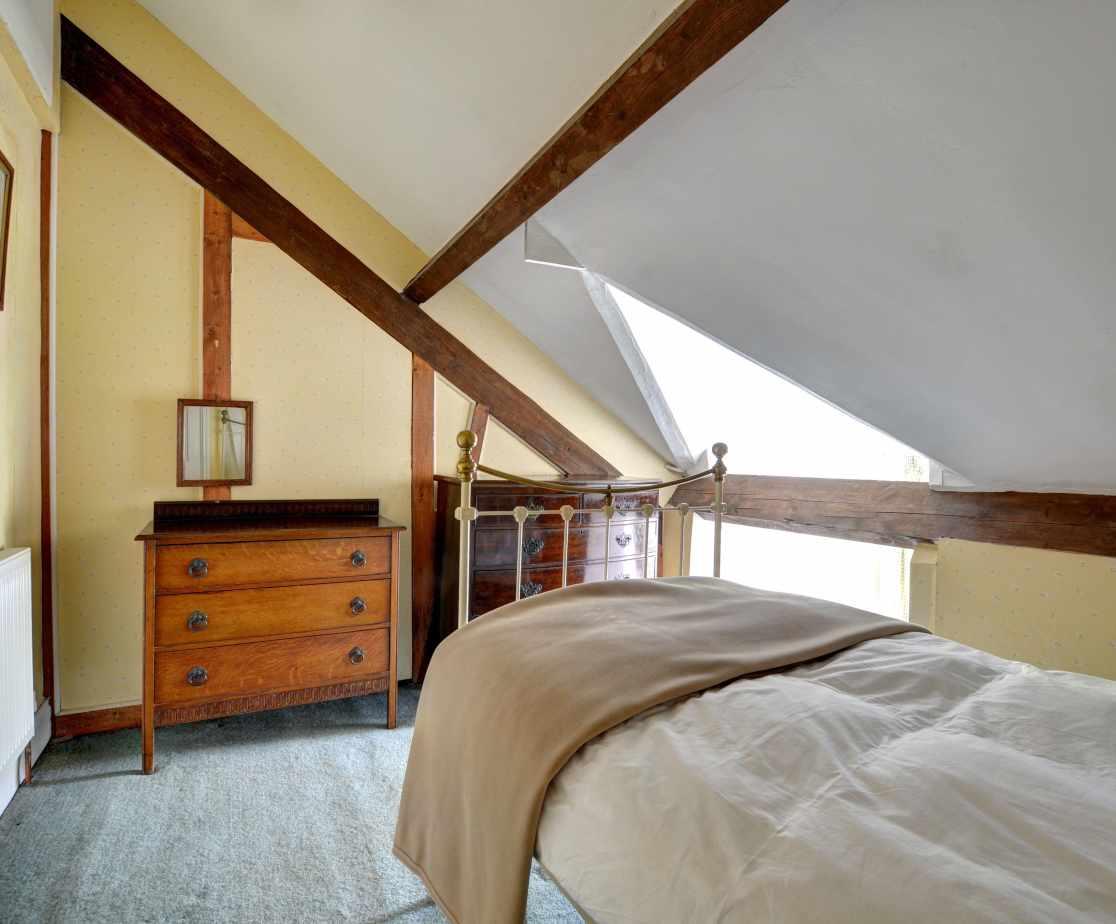 FL028 - Single Bedroom