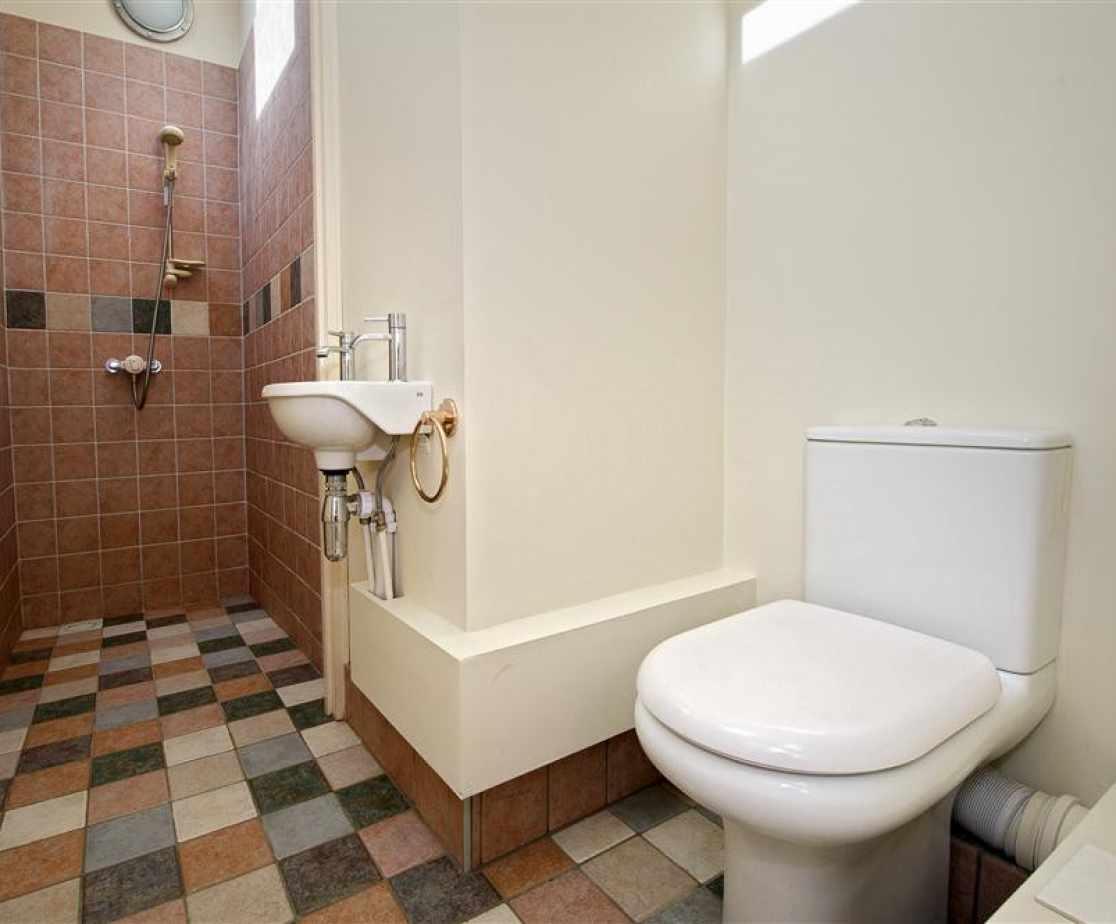 CADLAN - Shower Room