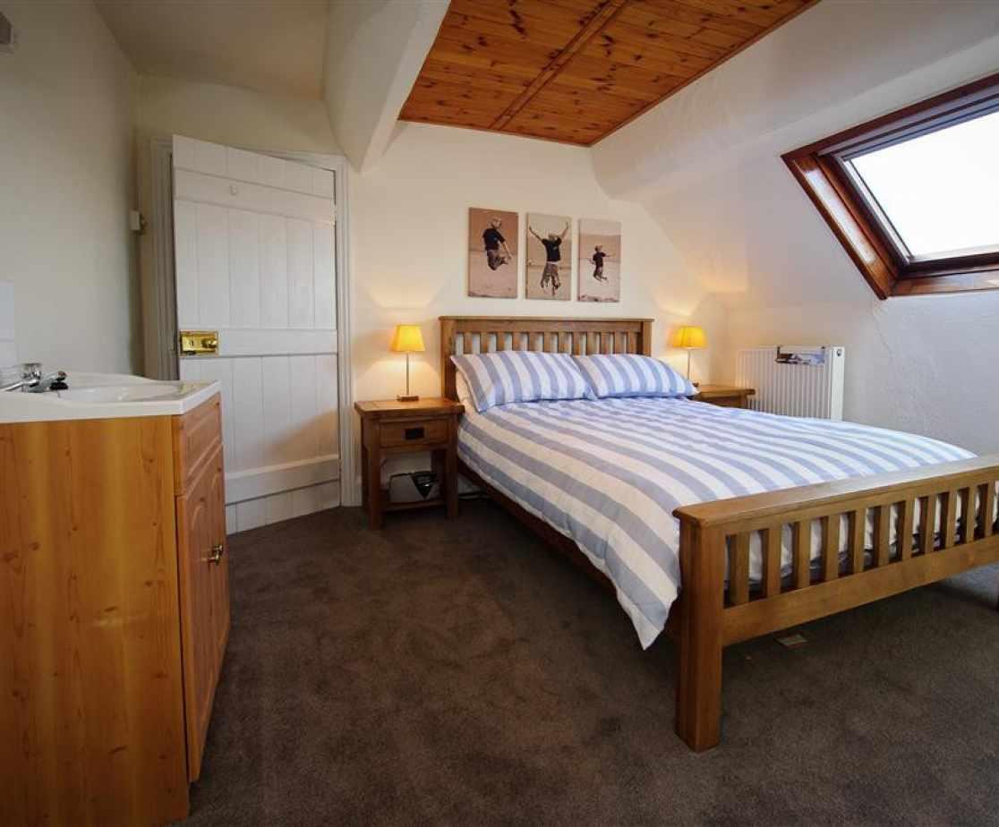 CADLAN - Bedroom 5