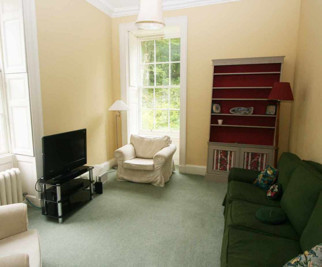 A smaller sitting room is also available