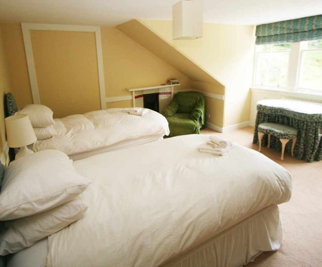 Room 5 is one of four twin bedrooms on the second floor