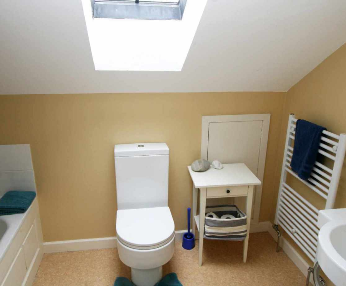 The shared bathroom on the second floor