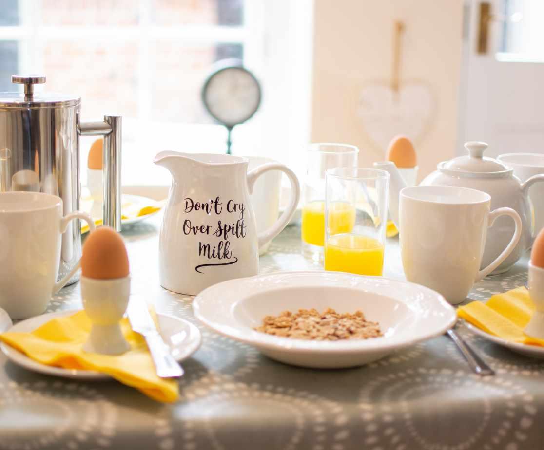 Breakfast at Beaver House