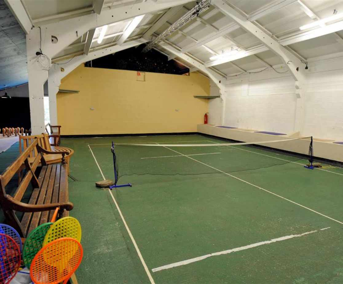 Gower holiday house tennis court