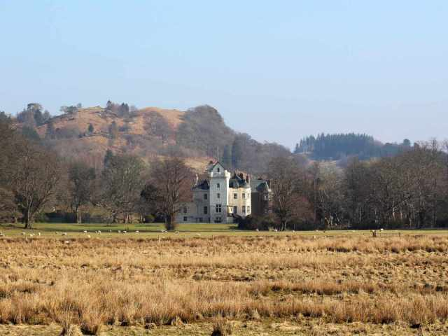Looking at the castle from near Loch Fyne