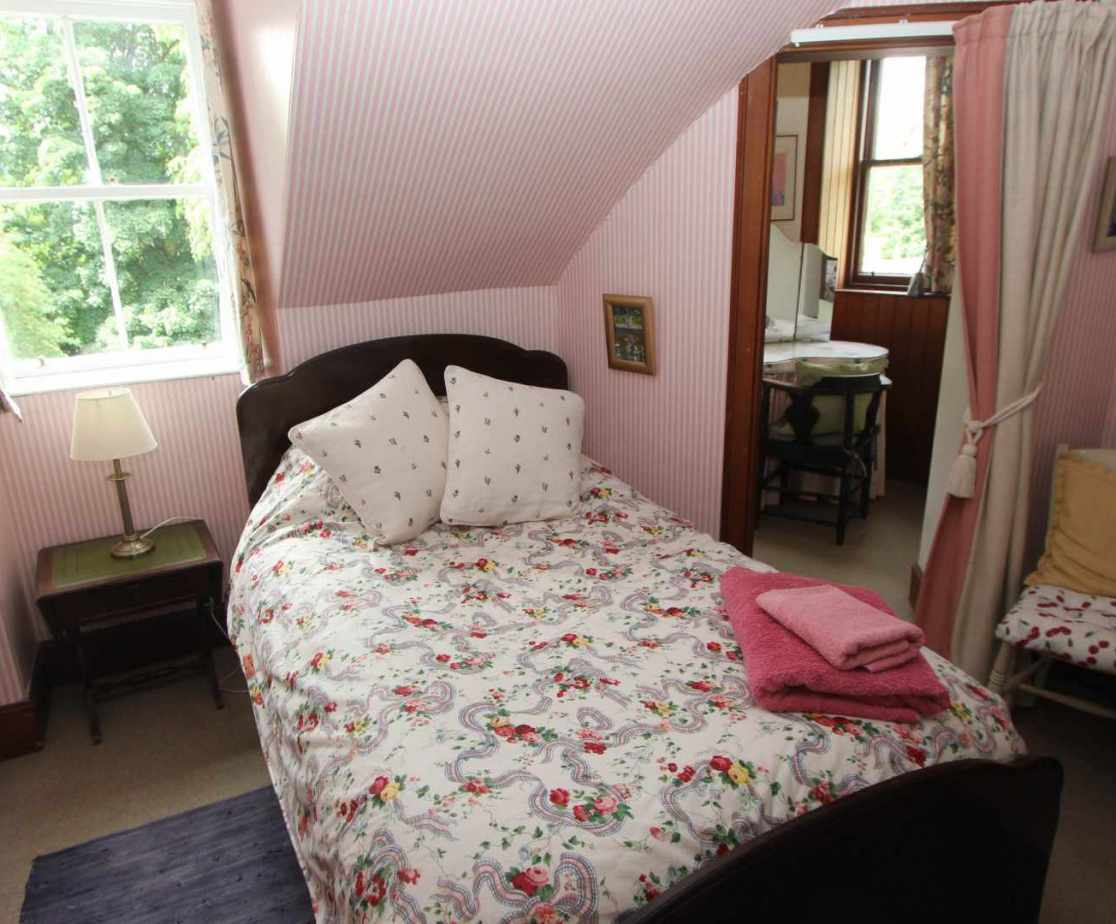 Bedroom 9, a cute single room with turret alcove - perfect for one!