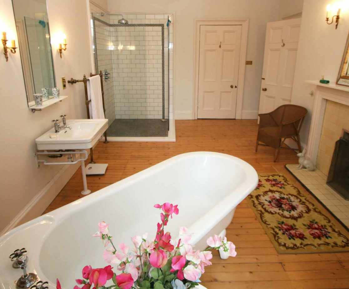 A feature roll top bath can be found in this first floor bathroom