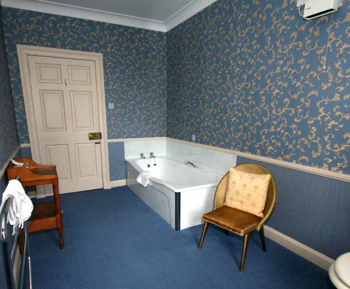 The allocated bathroom for the \'Bruce\' bedroom
