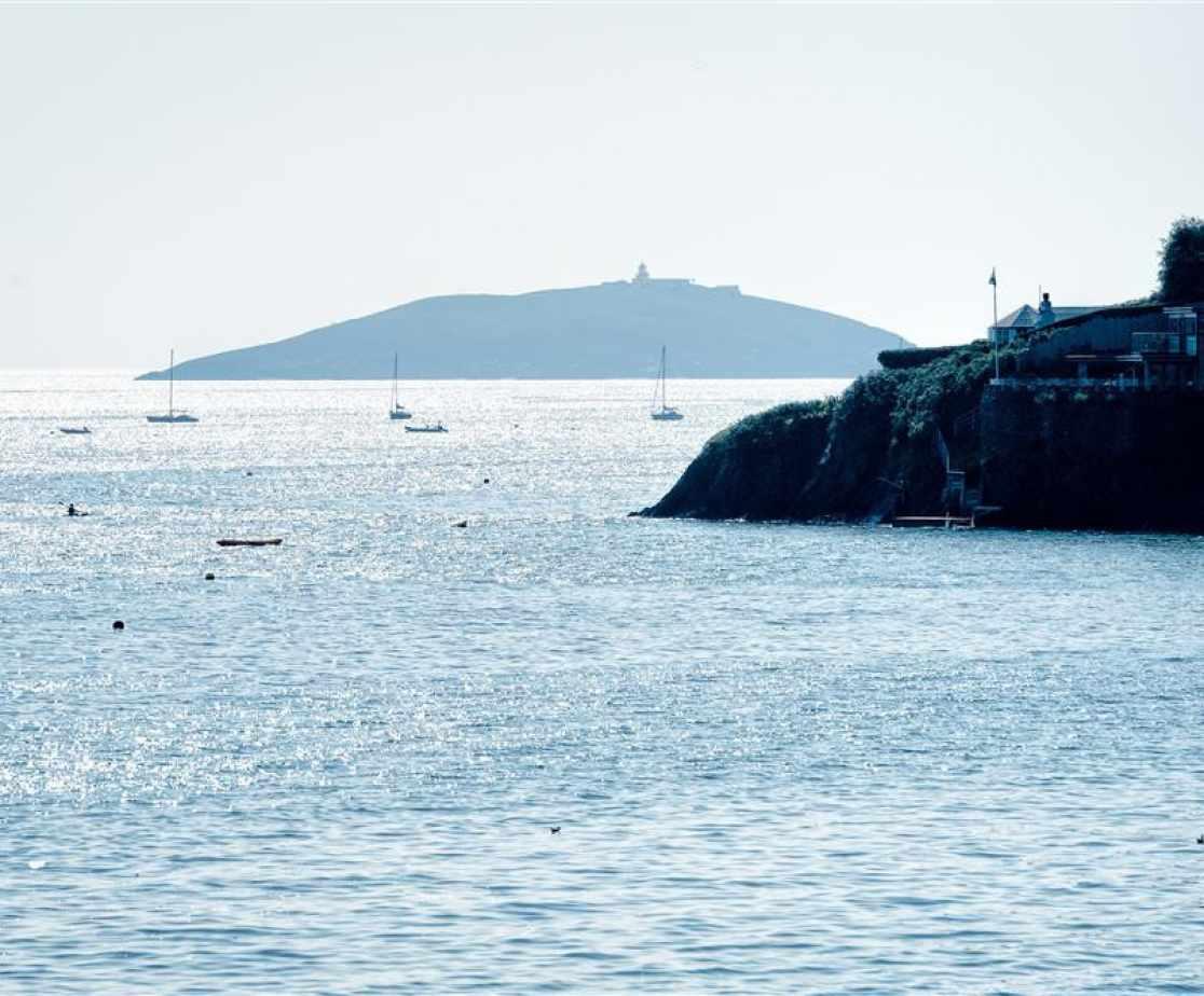 SANDAL - Sea Views