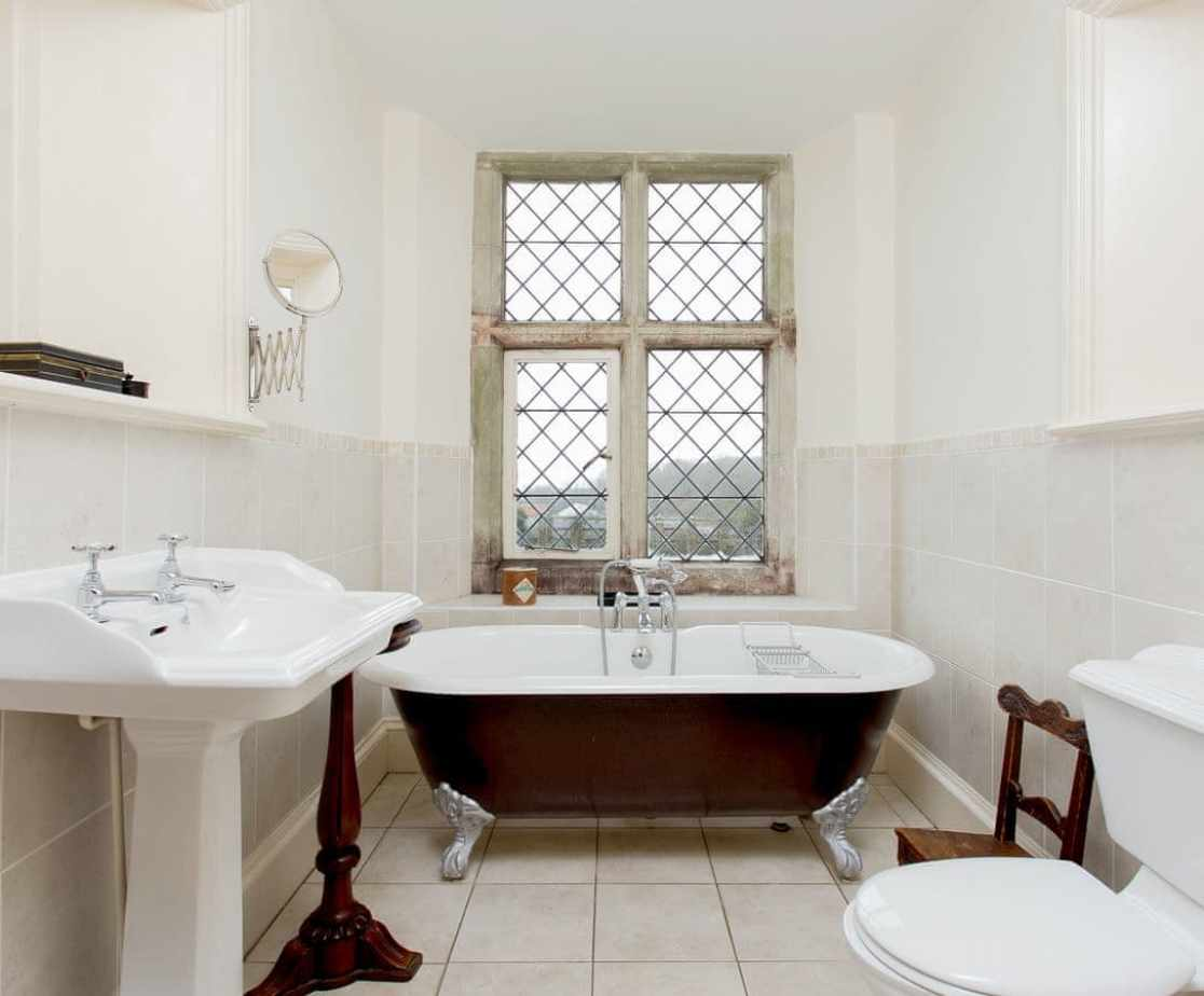 Bathroom 1, serves bedrooms 1 and 2