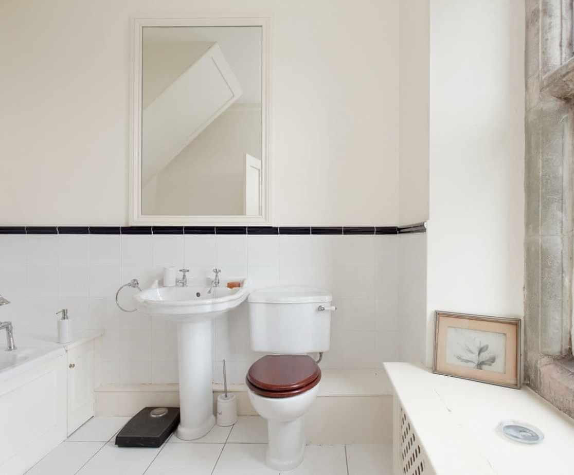 Bathroom 3, ensuite to bedroom 3