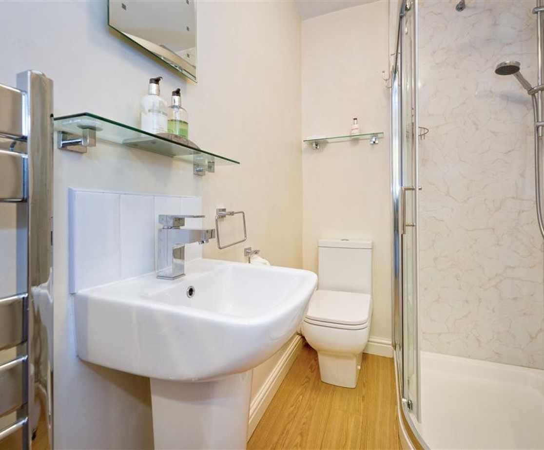 CRAIGY - Bedroom 5 & 6 En Suite
