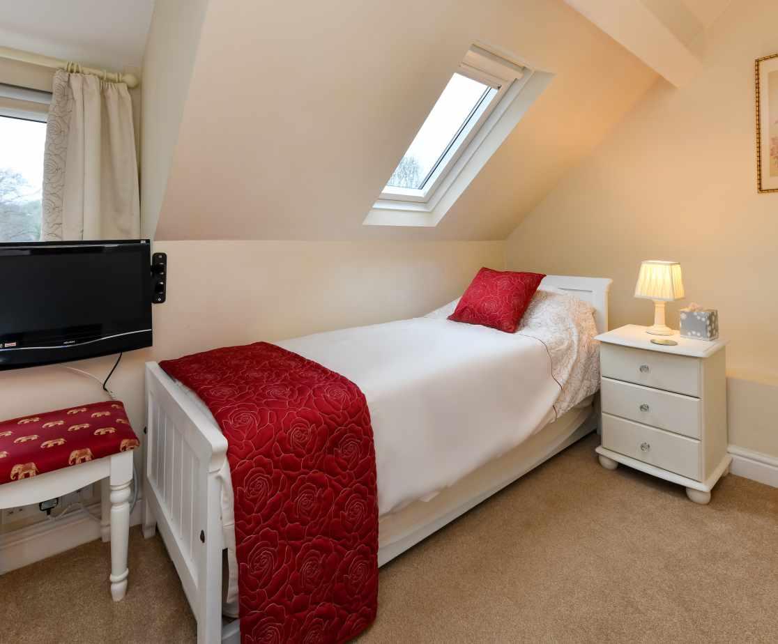 CRAIGY - Bedroom 6