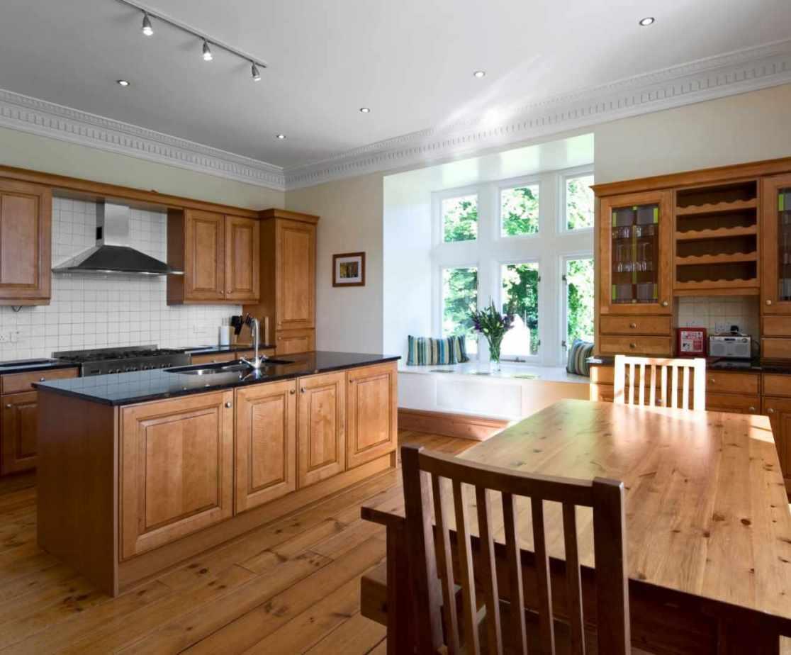 Castellated Luxury Mansion - kitchen