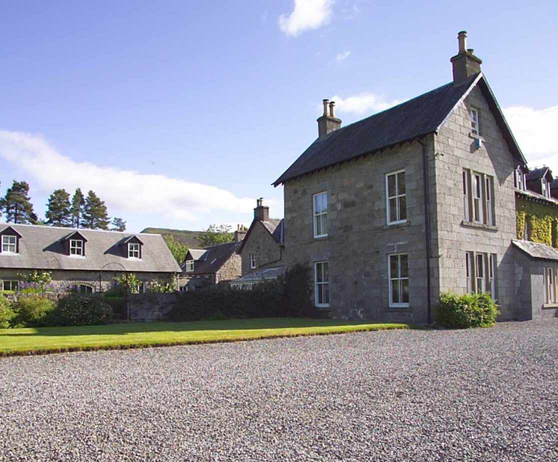 On offer is a fine shooting lodge near Kinloch Rannoch